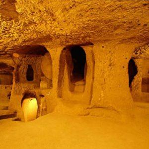 Тайната на огромните подземни тунели