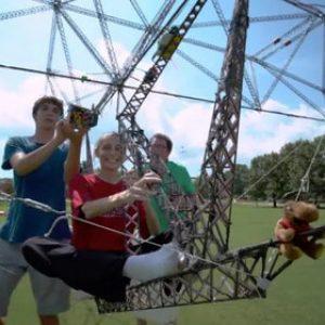 Студенти създадоха хеликоптер захранван със слънчева енергия