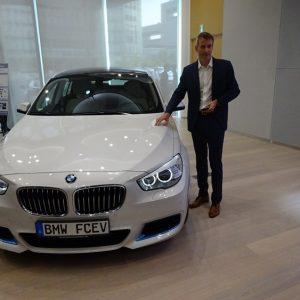 BMW планира да произвежда достъпни водородни автомобили
